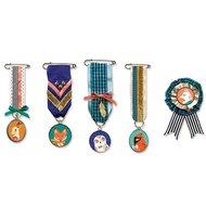 Djeco-naaiset-medailles-maken-medailles